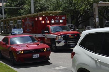 ambulance-3316800_960_720
